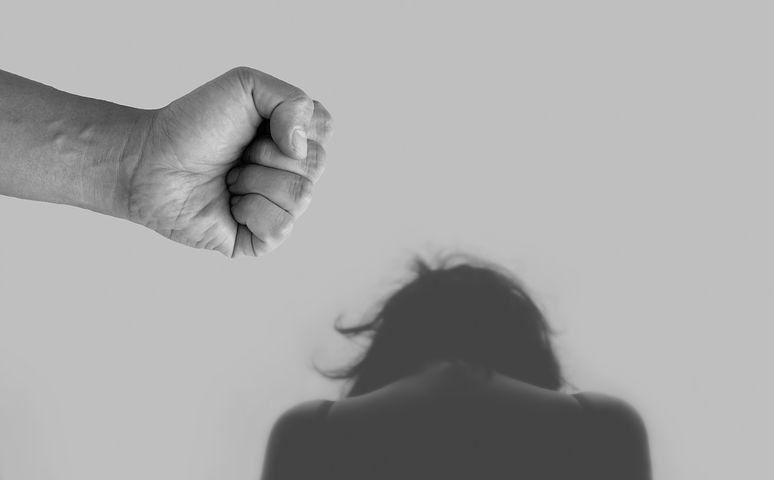 violence-against-women-4209778__480